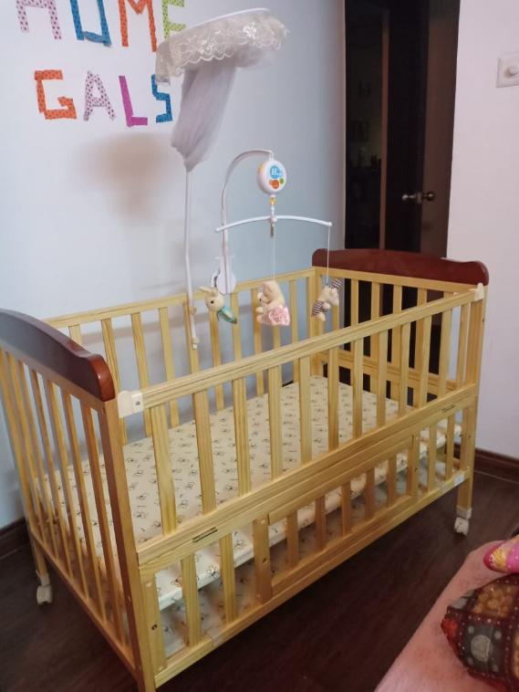 Babyhug Hamilton Baby Cot All India Bazaar Buy Or Sell Second