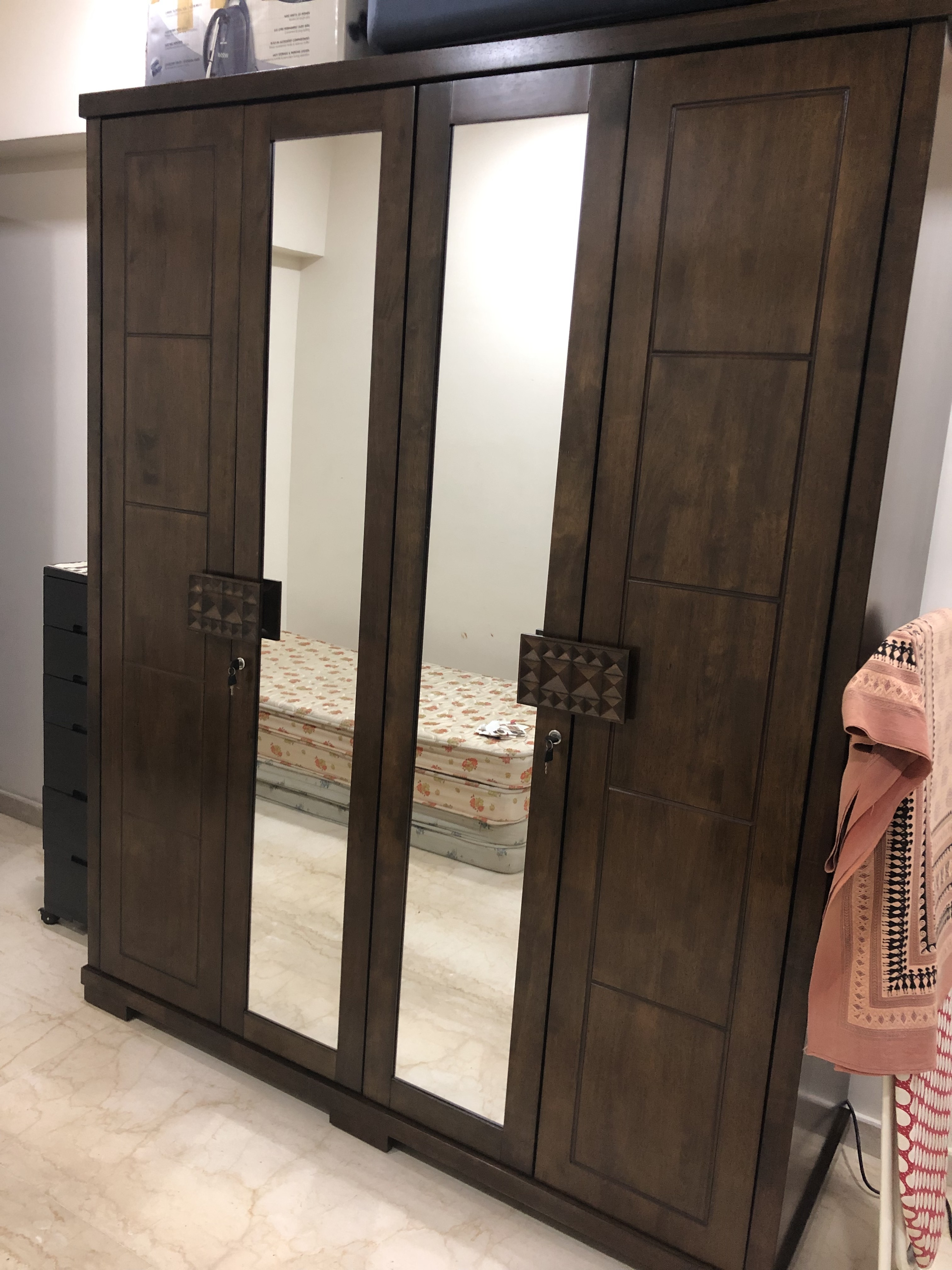 Full Length Mirror With Storage Inside India